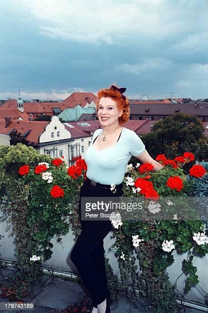 Elisabeth Volkmann München HomestoryPenthouseWohnung Dachterrasse BlumenPflanzen