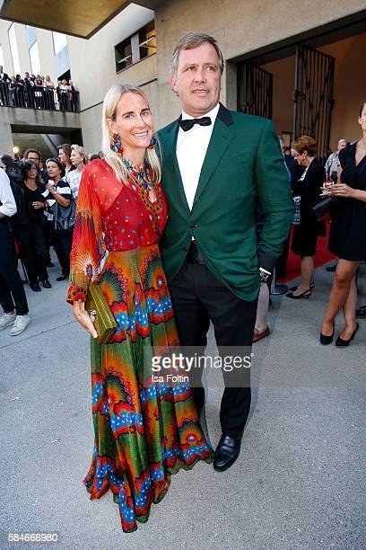 Elisabeth von AuerspergBreunner daughter of Friedrich Karl Flick and her husband Alexander BreunnerAuersperg attend the premiere of the opera 'Cosi...
