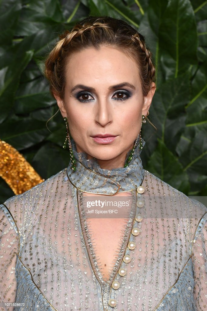 https://media.gettyimages.com/photos/elisabeth-von-thurn-und-taxi-arrives-at-the-fashion-awards-2018-in-picture-id1071528672