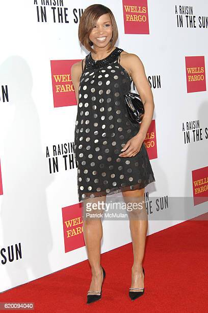 Elise Neal attends West Coast Screening of 'A Raisin in the Sun' at AMC Magic Johnson on February 11 2008 in Los Angeles CA