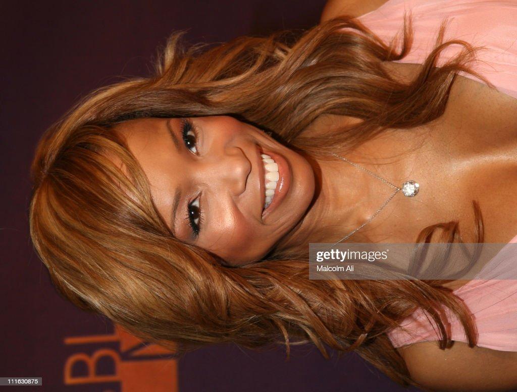 2005 TNT Black Movie Awards - Arrivals