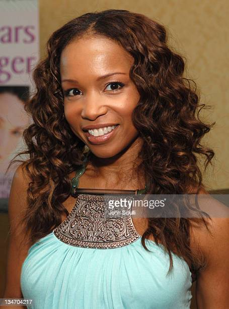 Elise Neal during Melanie Segal's Platinum Luxury Gifting Suite in Celebration of the 58th Annual Emmys and the 2006 MTV VMAs Day 1 at Le Meridien in...