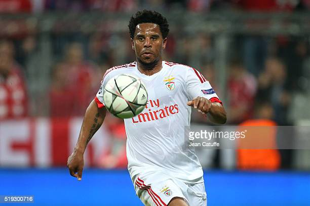 Eliseu of Benfica in action during the UEFA Champions League quarter final first leg match between FC Bayern Muenchen and SL Benfica Lisbon at...