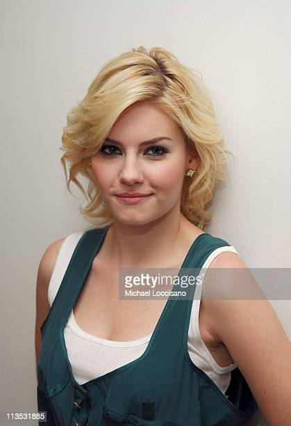 Elisha Cuthbert during The Cast of House of Wax and Fat Joe Visit MTV's TRL May 5 2005 at MTV Studios Times Square in New York City New York United...