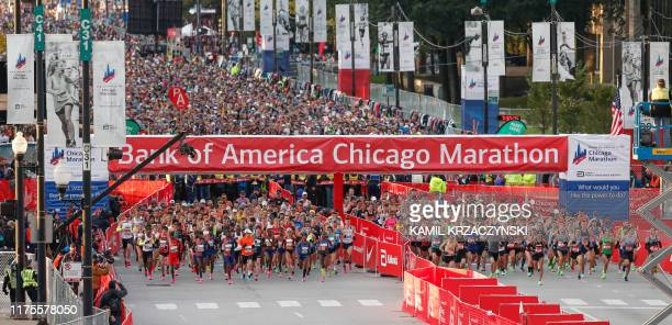 Elite runners start to compete during the 2019 Bank of America Chicago Marathon on October 13 2019 in Chicago Illinois