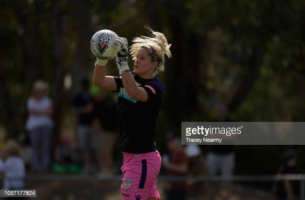 Eliza Campbell of Perth Glory warms up before the round two WLeague match between Canberra United and the Perth Glory at McKellar Park on November 4...