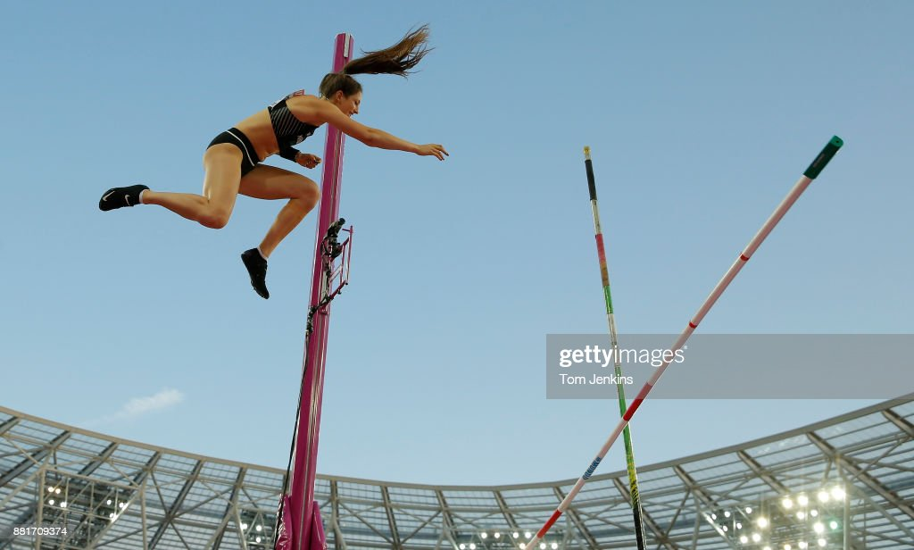 Eliza McCartney of New Zealand fails to clear a height in the final of the womens pole vault during day three of the IAAF World Athletics Championships 2017 at the Olympic Stadium on August 6th 2017 in London