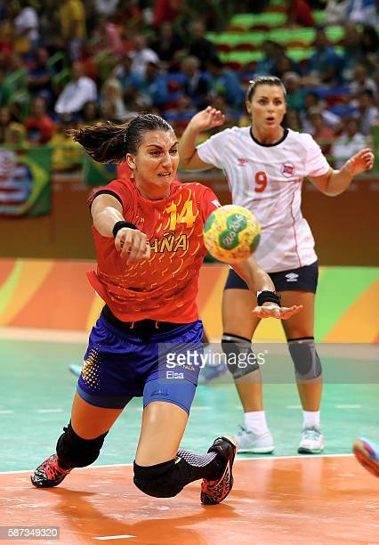 Elizabet Hernandez Chavez of Spain takes a shot as Nora Mork of Norway defends on Day 3 of the Rio 2016 Olympic Games at the Future Arena on August 8...