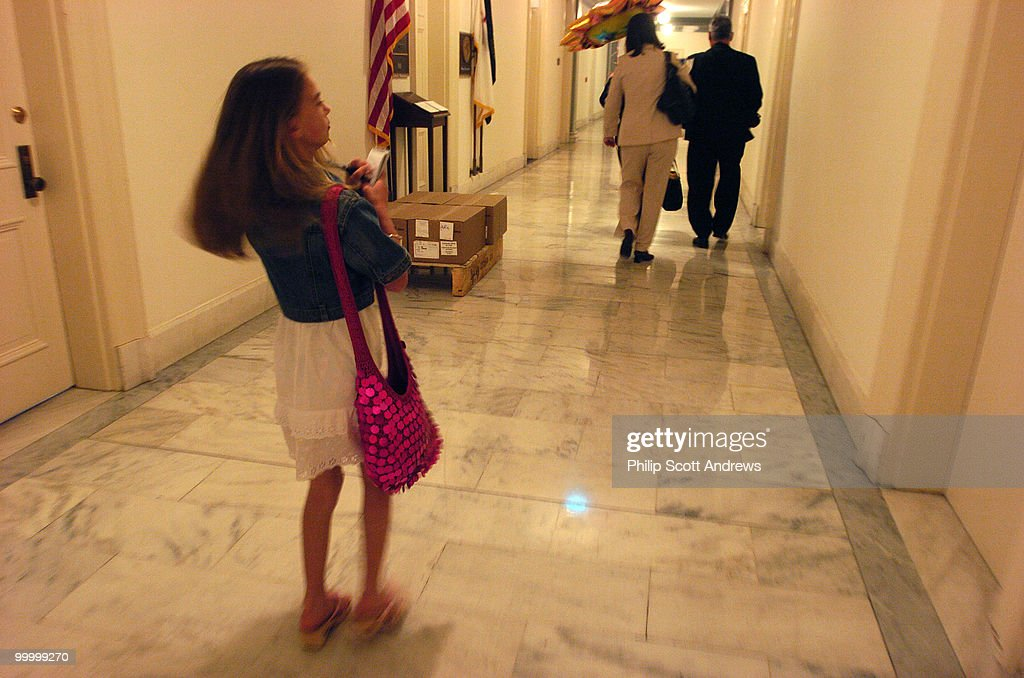 Elizabeth Amato (11) leaves the office of Melissa Bean, D-Ill. to support Medicaid and Children's Hospitals.