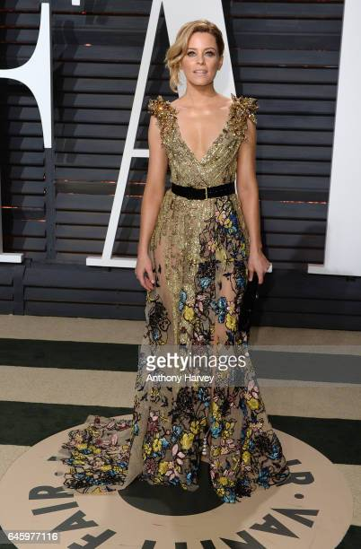 Elizabeth Banks attends the 2017 Vanity Fair Oscar Party hosted by Graydon Carter at Wallis Annenberg Center for the Performing Arts on February 26...