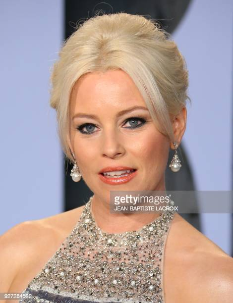 Elizabeth Banks attends the 2018 Vanity Fair Oscar Party following the 90th Academy Awards at The Wallis Annenberg Center for the Performing Arts in...