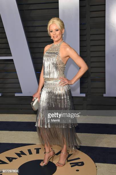 Elizabeth Banks attends the 2018 Vanity Fair Oscar Party hosted by Radhika Jones at the Wallis Annenberg Center for the Performing Arts on March 4...