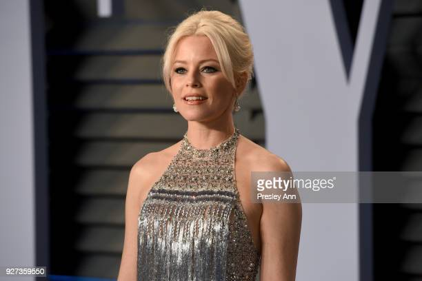 Elizabeth Banks attends the 2018 Vanity Fair Oscar Party Hosted By Radhika Jones - Arrivals at Wallis Annenberg Center for the Performing Arts on...