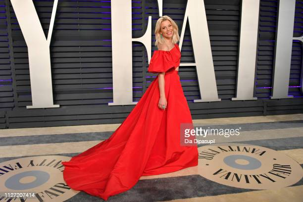 Elizabeth Banks attends the 2019 Vanity Fair Oscar Party hosted by Radhika Jones at Wallis Annenberg Center for the Performing Arts on February 24,...