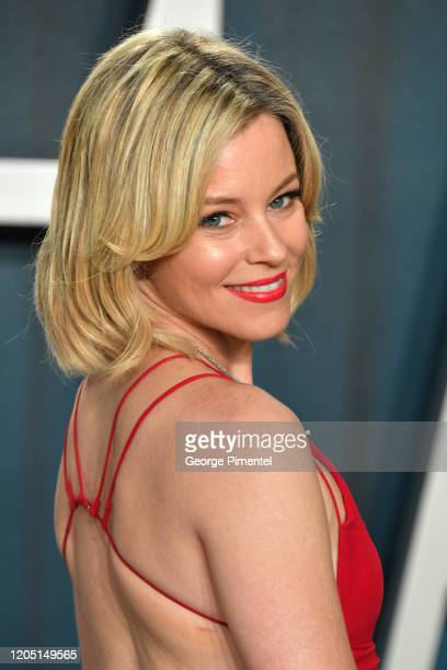 Elizabeth Banks attends the 2020 Vanity Fair Oscar party hosted by Radhika Jones at Wallis Annenberg Center for the Performing Arts on February 09,...
