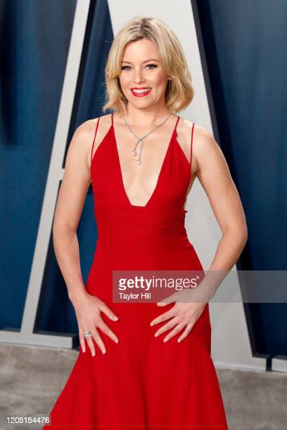 Elizabeth Banks attends the Vanity Fair Oscar Party at Wallis Annenberg Center for the Performing Arts on February 09, 2020 in Beverly Hills,...