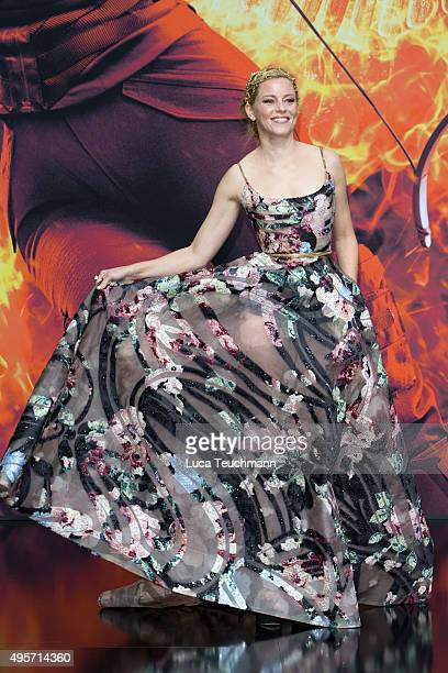 Elizabeth Banks attends the world premiere of the film 'The Hunger Games: Mockingjay - Part 2' at CineStar on November 4, 2015 in Berlin, Germany.
