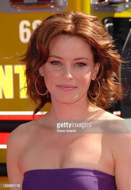 Elizabeth Banks during 2007 MTV Movie Awards Arrivals at Gibson Amphitheater in Universal City California United States