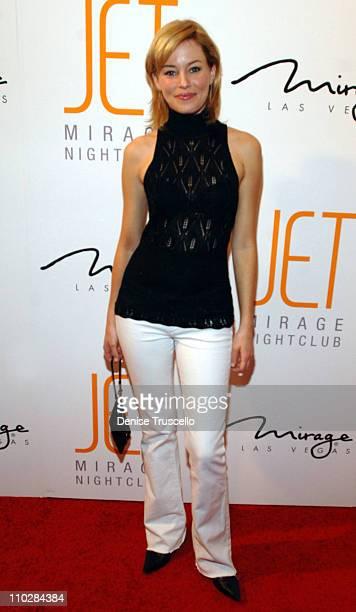 Elizabeth Banks during Jet Nightclub at The Mirage Grand Opening Celebration - Red Carpet Arrivals at Jet Nightclub at The Mirage in Las Vegas,...
