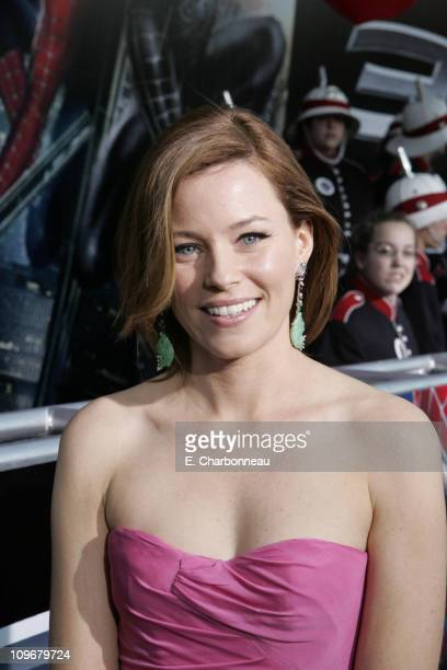 "Elizabeth Banks during U.S. Premiere of Columbia Pictures' ""Spider-Man 3"" at Kaufman Astoria 14 in Queens, New York, United States."