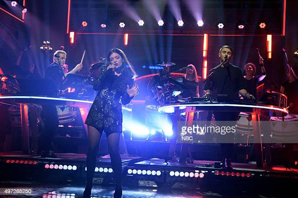 LIVE Elizabeth Banks Episode 1688 Pictured Musical guest Disclosure performs with Lorde on November 14 2015