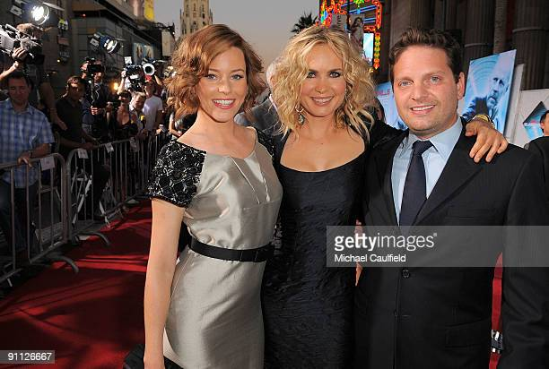 Elizabeth Banks Radma Mitchell and producer Max Handelman arrives on the red carpet at the Los Angeles premiere of Surrogates at the El Capitan...