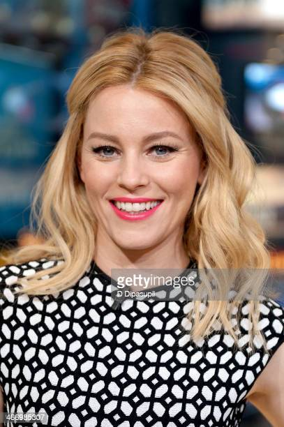 Elizabeth Banks visits 'Extra' at their HM Studio in Times Square on February 5 2014 in New York City