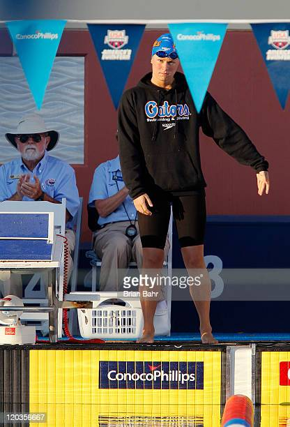 Elizabeth Beisel prepares for the 400 meter IM during the 2011 ConocoPhillips National Championships at Stanford University's Avery Aquatic Center on...