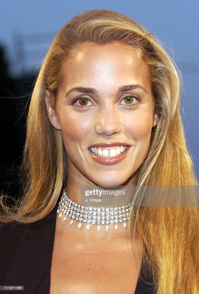 Elizabeth Berkley during 2002 Venice Film Festival - Opening Night - 'Frida' Premiere at Palazzo Del Cinema in Venice Lido, Italy.