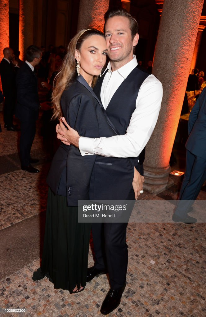 elizabeth-chambers-and-armie-hammer-attend-the-green-carpet-fashion-picture-id1038902366