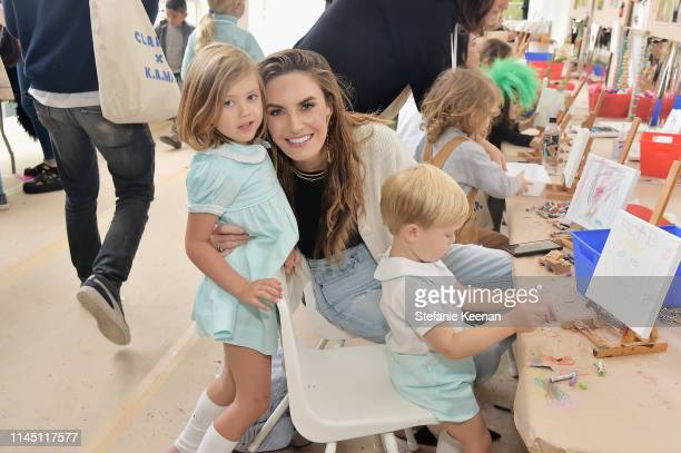 Elizabeth Chambers attends Hammer Museum KAMP 2019 on May 19 2019 in Los Angeles California