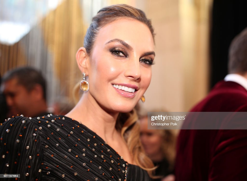 Elizabeth Chambers attends the 90th Annual Academy Awards at Hollywood & Highland Center on March 4, 2018 in Hollywood, California.