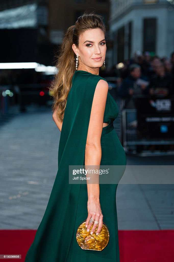 Elizabeth Chambers attends the 'Free Fire' Closing Night Gala screening during the 60th BFI London Film Festival at Odeon Leicester Square on October 16, 2016 in London, England.