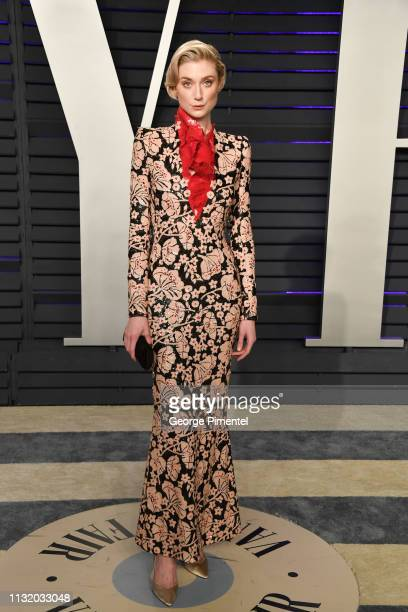 Elizabeth Debicki attends the 2019 Vanity Fair Oscar Party hosted by Radhika Jones at Wallis Annenberg Center for the Performing Arts on February 24...