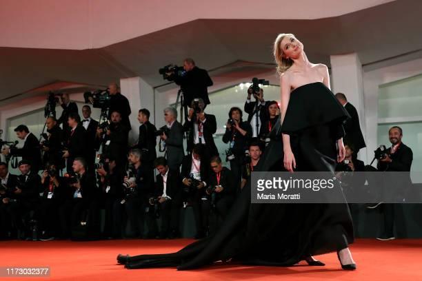 "Elizabeth Debicki walks the red carpet ahead of the ""The Burnt Orange Heresy"" premiere during the 76th Venice Film Festival at Sala Grande on..."