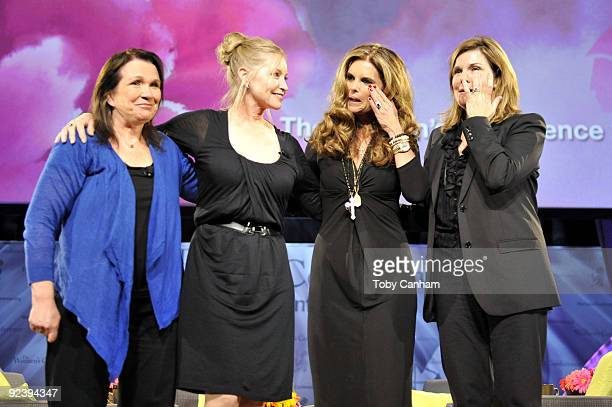 Elizabeth Edwards Lisa Niemi Maria Shriver and Susan Saint James participate in a panel discussion at the 2009 Women's Conference held at Long Beach...