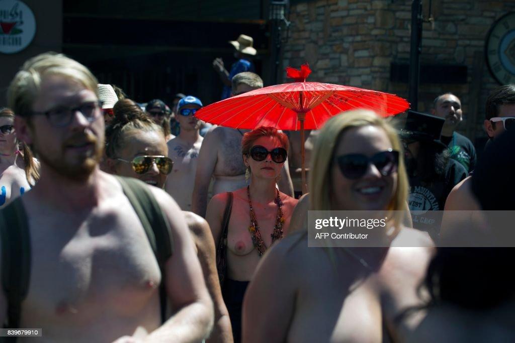 LIFESTYLE-US-WOMEN-OFFBEAT : News Photo