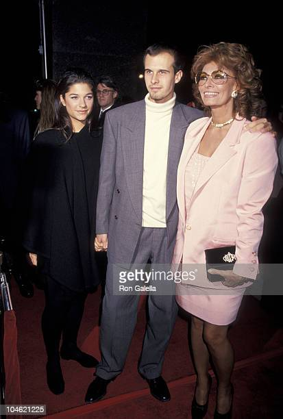 Elizabeth Guber Edoardo Ponti and Sophia Loren during Ready to Wear Los Angeles Premiere at Avco Cinema in Westwood California United States