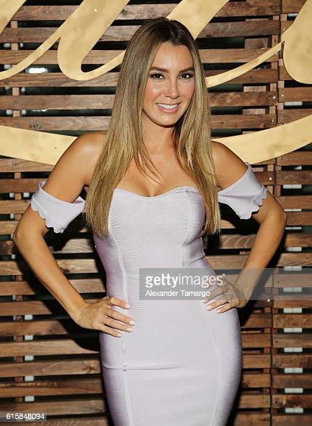 Elizabeth Gutierrez is seen at a private dinner hosted by TVyNovelas on October 19, 2016 in Miami, Florida.