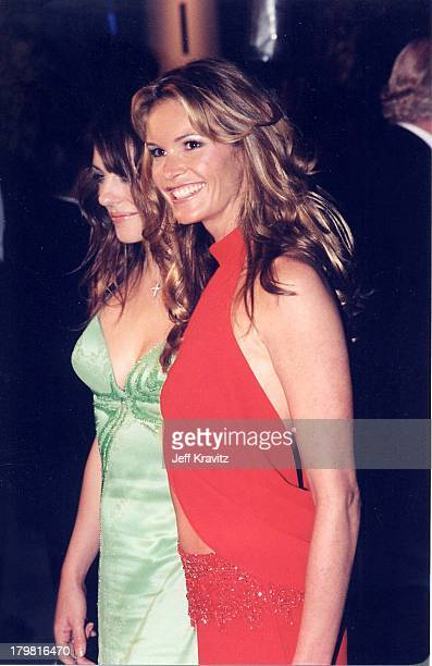 Elizabeth Hurley and Elle Macpherson during The 72nd Annual Academy Awards Vanity Fair Party at Morton's in Los Angeles California United States
