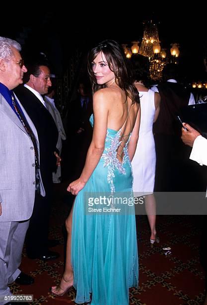Elizabeth Hurley at premiere of 'Mickey Blue Eyes' New York August 11 1999