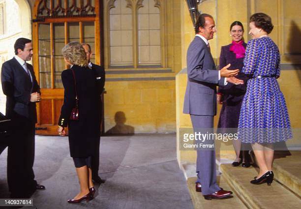 Elizabeth II and Duke of Edinburgh says goodbye to the Queen of Spain at the end of their visit 25th April 1986 London England