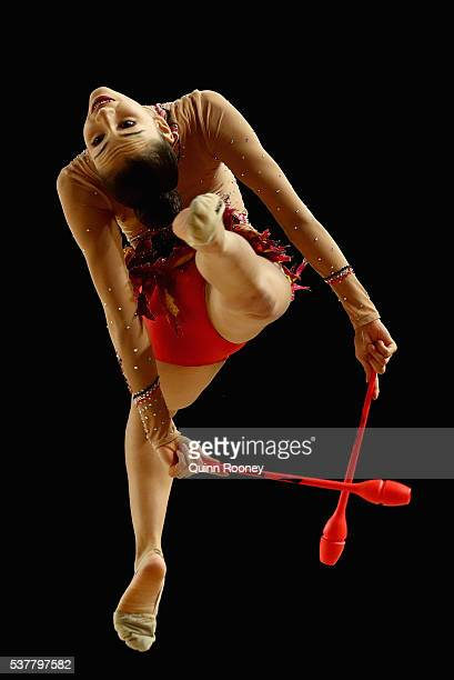 Elizabeth InabaHill of South Australia competes with the clubs in the rhythmic gymnastics during the 2016 Australian Gymnastics Championships at...