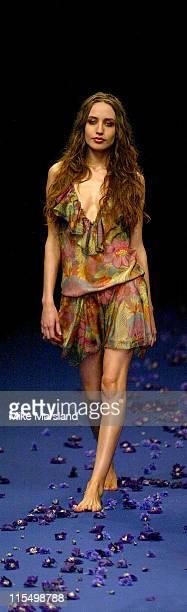 Elizabeth Jagger models the Gharani Strok 2004 Spring Collection