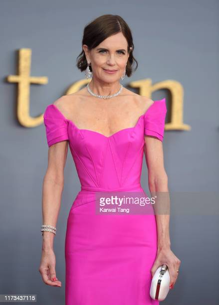 """Elizabeth McGovern attends the """"Downton Abbey"""" World Premiere at Cineworld Leicester Square on September 09, 2019 in London, England."""