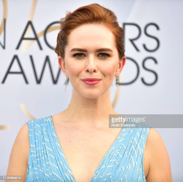 Elizabeth McLaughlin arrives at the 25th Annual Screen ActorsGuild Awards at The Shrine Auditorium on January 27 2019 in Los Angeles California