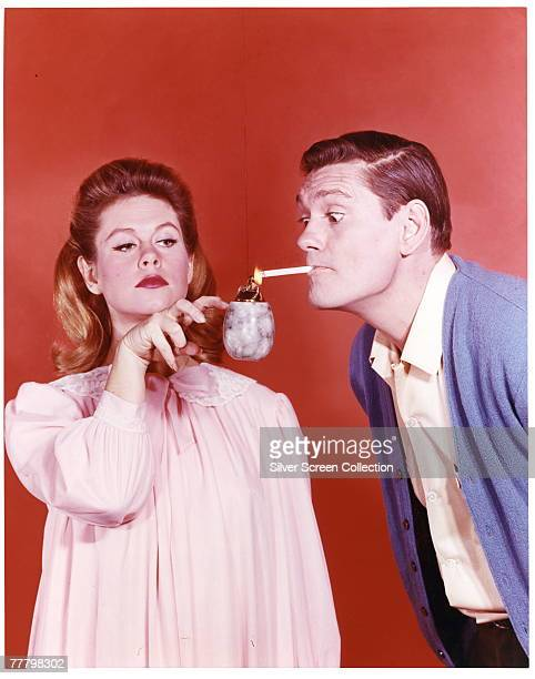 Elizabeth Montgomery as Samantha Stephens and Dick York as Darrin Stephens in the television series 'Bewitched' circa 1965