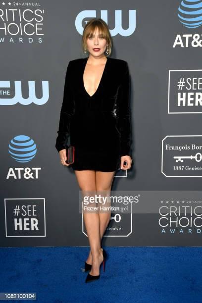 Elizabeth Olsen attends the 24th annual Critics' Choice Awards at Barker Hangar on January 13, 2019 in Santa Monica, California.