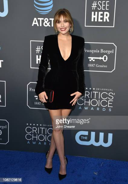 Elizabeth Olsen attends The 24th Annual Critics' Choice Awards at Barker Hangar on January 13 2019 in Santa Monica California