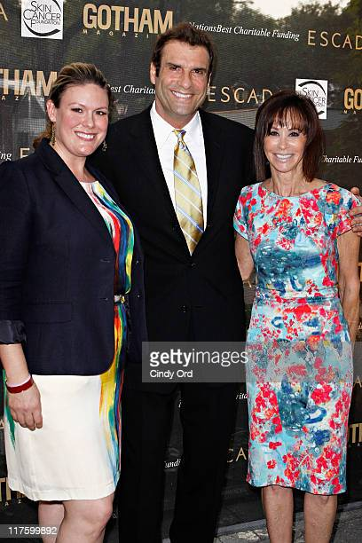 Elizabeth Robbins Esq Jerry Penacoli and Mindy Gorman attend the 2011 Skin Cancer Foundation's A Night The Stars Shine On at the Central Park Zoo on...